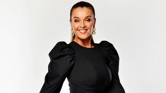 Iva Kubelková se vrací do společenského magazínu.