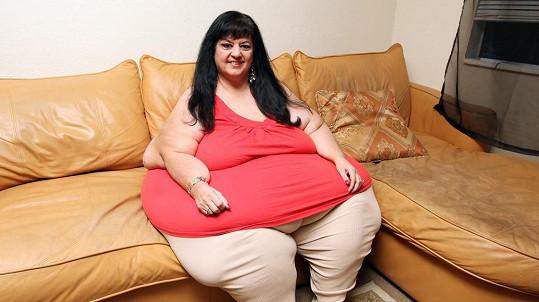 Patty Sanchez se projedla až ke 327 kilogramům.
