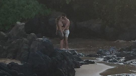 Mariah Carey s Bryanem Tanakou na Havaji