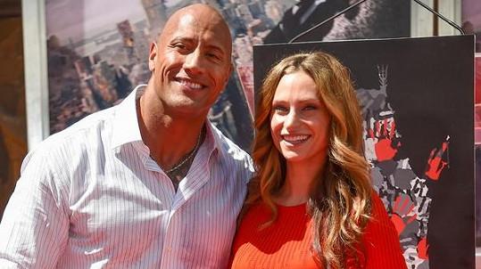 The Rock se díky nové partnerce dočká potomka.