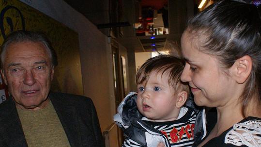 Lenka Dusilová se pochlubila synem i Karlu Gottovi.