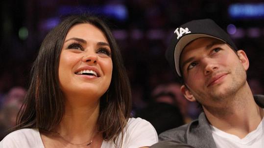 Mila Kunis a Ashton Kutcher mají dceru.