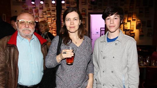 Arnošt Goldflam s manželkou a synem