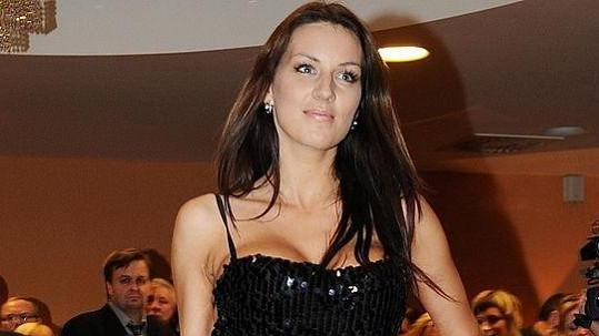 Lucie Králová na módní přehlídce v Lázních Bělohrad