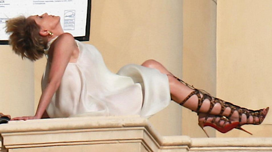 Sharon Stone pro magazín Spirit And Flesh