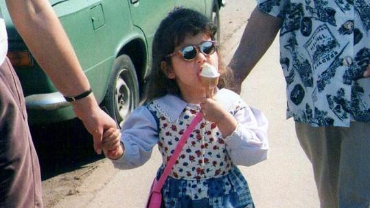 Malá misska Nikola Buranská na fotce z dětství