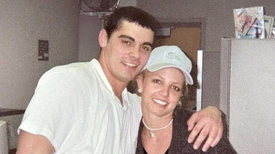 Jason Alexander se svou kamarádkou a bývalou manželkou Britney Spears