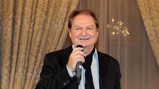 Petr Jančařík doufá v uzdravení syna Michala.