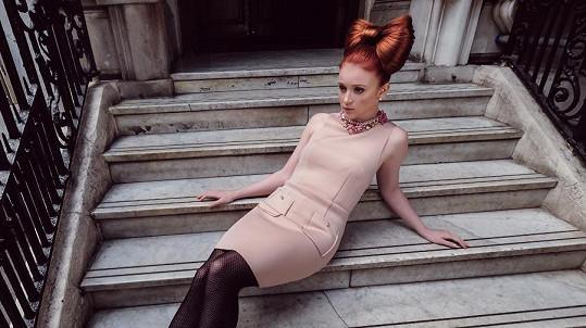 Maruška Doležalová v roli modelky
