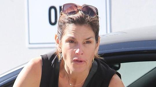 Cindy bez make-upu