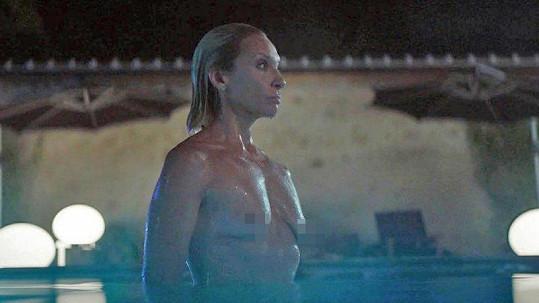 Toni Collette ve filmu Madam služebná