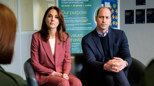 William a Kate se snaží pomáhat, jak mohou.