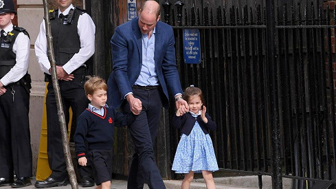 William s princeznou Charlotte a princem Georgem