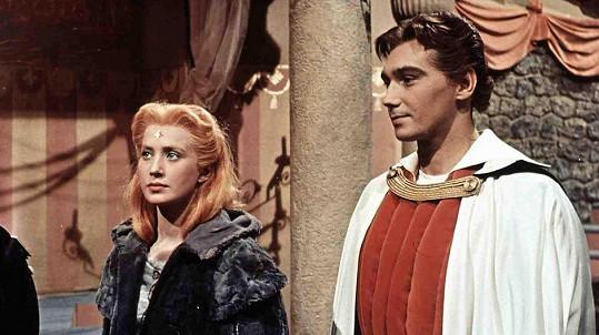 Marie Kyselková a Josef Zíma v pohádce Princezna se zlatou hvězdou (1959)