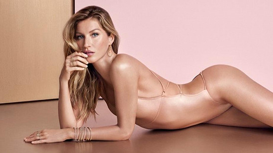 Gisele Bündchen je opět velmi sexy.