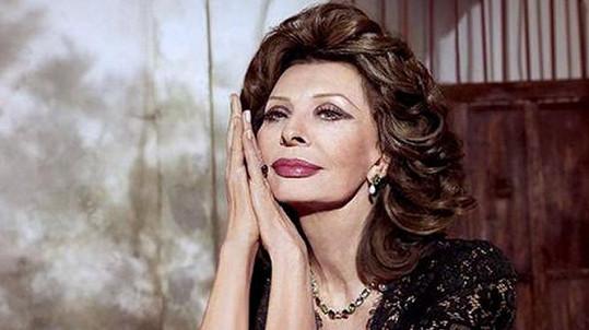 Sophia Loren se dočkala vlastní rtěnky.