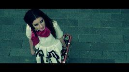 Veselovská ve svém zbrusu novém klipu.