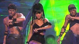 Rihanna V American Idolu