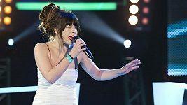Za touto verzí písně Another Place si Simona stojí a chce jí dostat do českých rádií.
