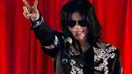 Byl Michael Jackson při svém vystoupení v březnu 2009 opilý?