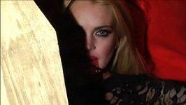 Lindsay Lohan jako krásná upírka