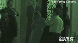 Sean Penn a Scarlett Johansson před Bílým domem