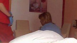 Zdevastovaná Iveta Bartošová v rakouské nemocnici 2