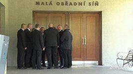 Pohřeb IB - ochranka