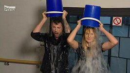 Gottová a Vágner se polili vodou v živém vysílání VIP zpráv na Primě