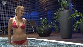Renata Langmannová v bazénu