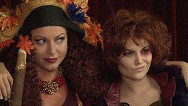 Martina Pártlová s rudým odstínem vlasů.