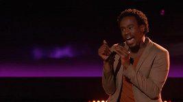Nadaný zpěvák Anthony Riley je po smrti