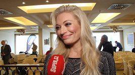 Lucie Borhyová - kalendář a Vánoce