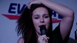 Ewa Farna - Hymn for the Weekend