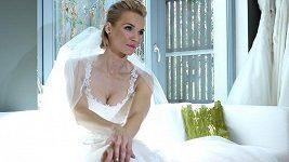 Hana Mašlíková - Svatební šaty