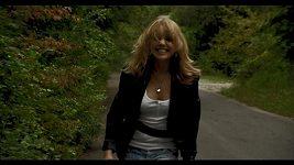 Lucka Vondráčková v klipu, který natočila během letního turné.