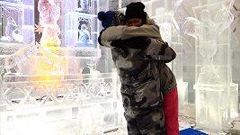 Monika Leová - falešná svatba v ledovém kostele