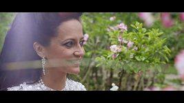 Iva Marešová a Lucie Bílá - Fany rozkvetly stromy