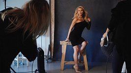 Natali Ruden v roli modelky.