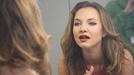 Tohle video s Andreou Košťálovou vám vyrazí dech.