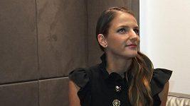 Karolína Plíšková už učí dceru svého partnera hrát tenis.