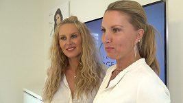 Yes visage Krainová se sestrou