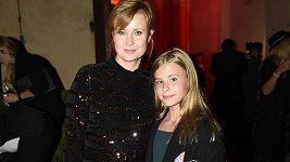 Jitka Schneiderová vyrazila na zahájení fashion weeku s dcerou.
