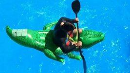 Vavřinec Hradilek na krokodýlovi