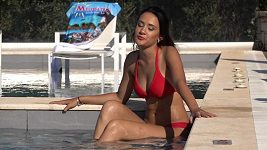 Eliška Rusková natáčí svůj první klip na řeckém Korfu.