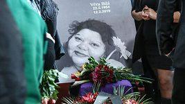 Záznam: Poslední rozloučení s Věrou Bílou v Rokycanech