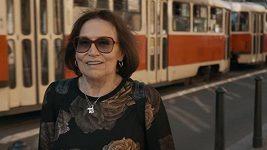Marta Kubišová v klipu k písni Modlitba pro Martu