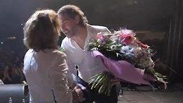 Sandra dostala květiny od Jaromíra Jágra