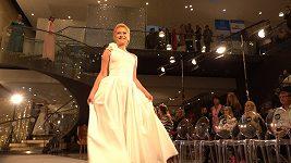 Kristýna Kubíčková předváděla na svatebním festivalu