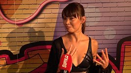 Monika Leová v odvážném outfitu ukázala opálenou kůži.